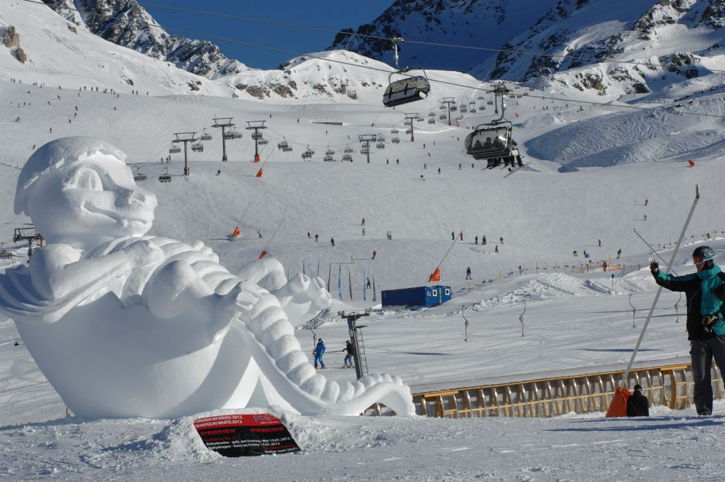 Shapes-in-white-the-ski-area-ischgl
