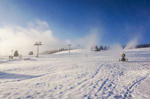 W Zieleńcu armatki śnieżne już działają, rusza sezon narciarski…